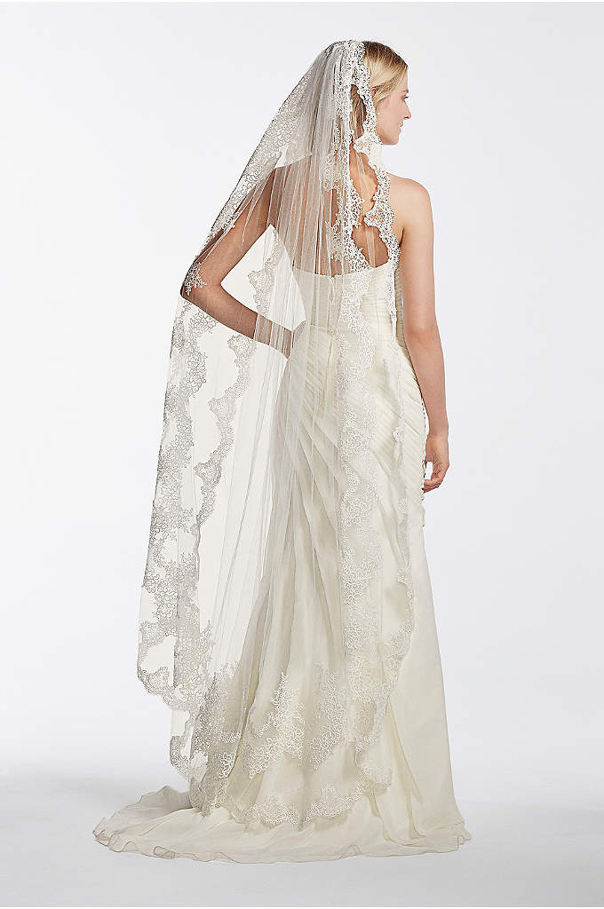 Single Tier Mid Length Scalloped Edge Veil - Dramatic scallop edged veil with two rows of
