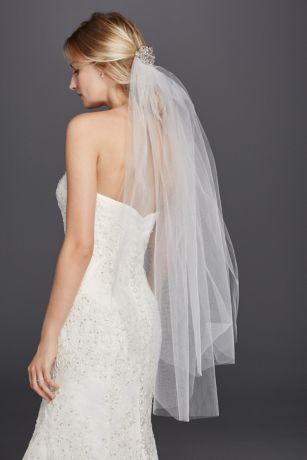 Wedding Veils In Various Styles
