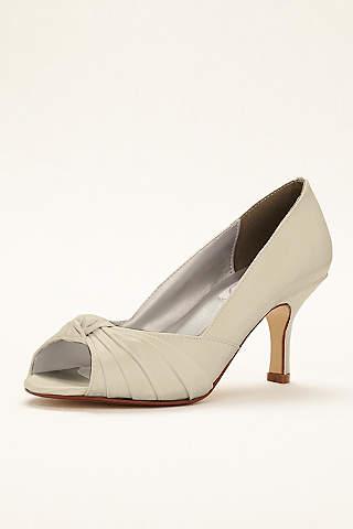 Champagne Shoes: Heels & Flats   David\'s Bridal