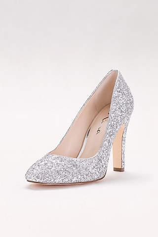 ***REDUCED*** Brand new in box!! 3 inch Beautiful SILVER/GLITTER shoes size 7.5
