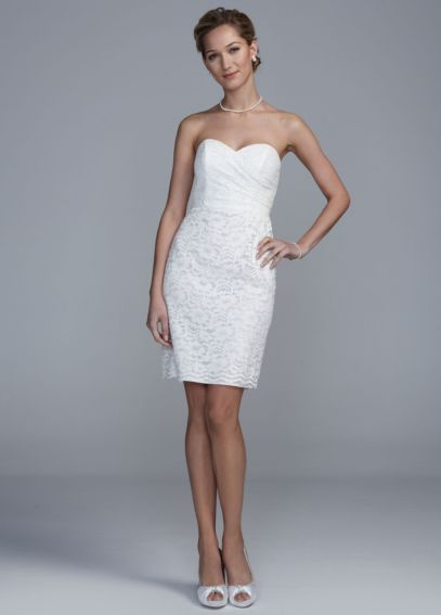 Short Lace Dress with Sweetheart Neckline INT15620