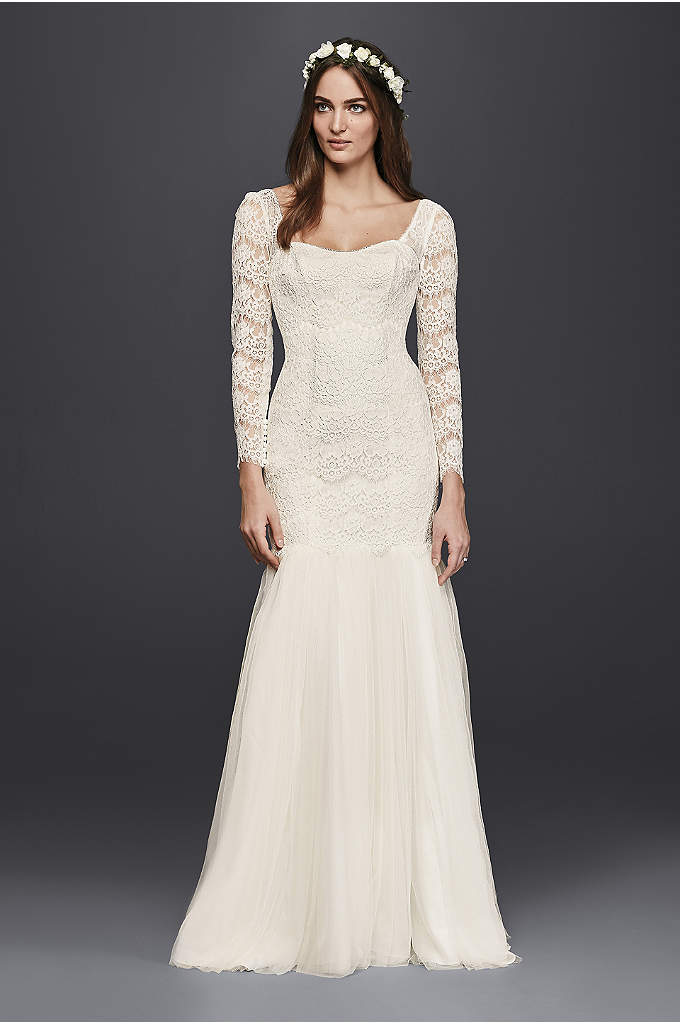 Long Sleeve Lace Mermaid Wedding Dress - Ultra-romantic with a modern silhouette, this mermaid wedding