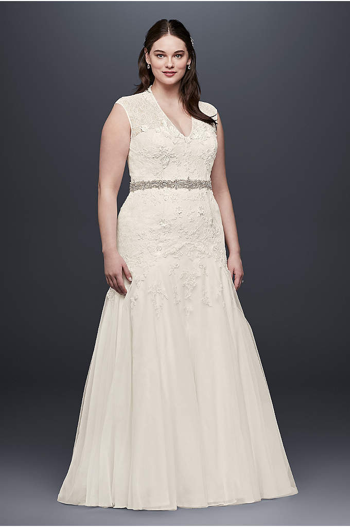 Melissa Sweet Trumpet Lace Plus Size Wedding Dress - Figure-flattering design and craftsmanship make this plus-size cap-sleeve