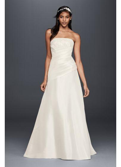 A line wedding dress with hip embellishment david 39 s bridal for Wedding dresses for large hips