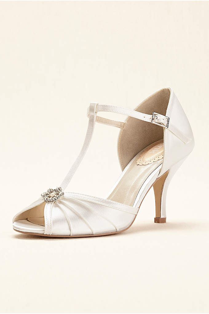 Dyeable Perfume T-Strap Peep Toe Pumps - With a nod to era's past, this t-strap