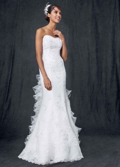 Strapless Sweetheart Organza Trumpet Gown V3508