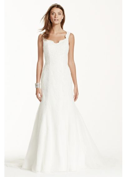 Tank Tulle Trumpet Wedding Dress with Lace Detail V3643