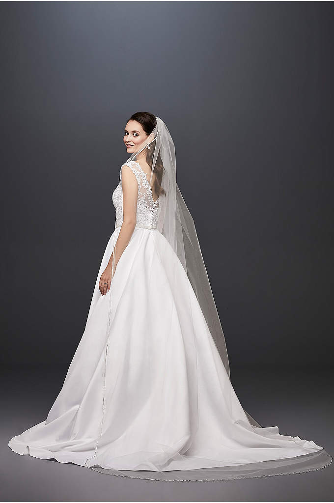 One Tier Rhinestone Edge - Walk down the aisle in this classic single