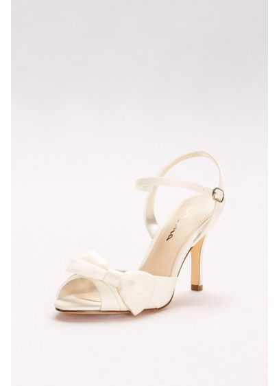 Touch of Nina Ivory (Satin Quarter-Strap Peep-Toe Heels with Bow)