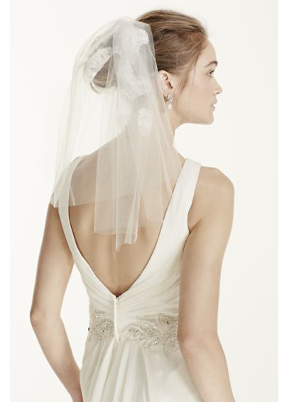 Short Veil with Lace Embellishment VMS251461