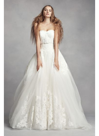 White by vera wang lace ball gown wedding dress david 39 s for Average price of vera wang wedding dress