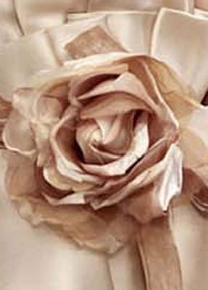 Organza and Velvet Rose Clip VW370110