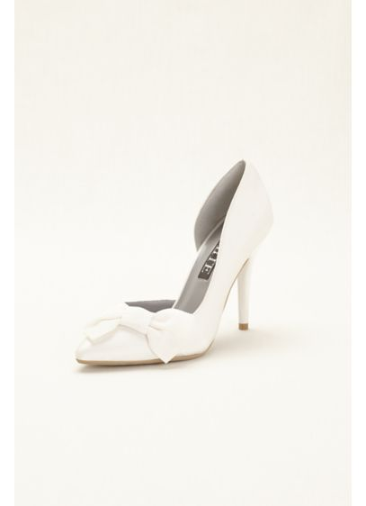 Ivory (Closed Toe Pump with Bow)