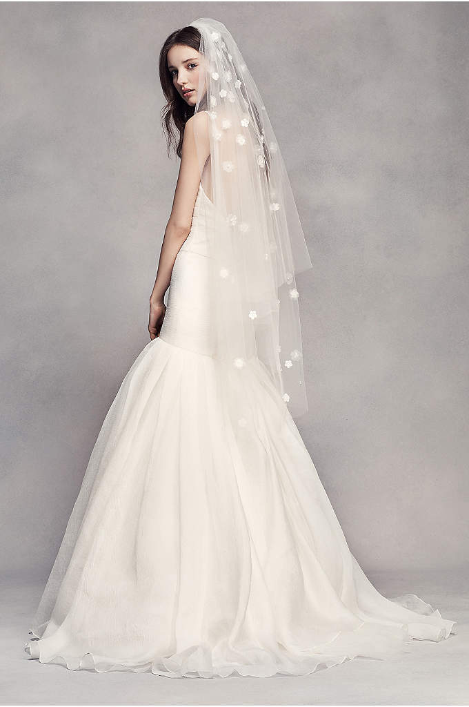 View a vast selection of Davids Bridal Veil, all carefully selected. We are a leading provider of Davids Bridal Veil, find a wide and ever-changing deals for sale.