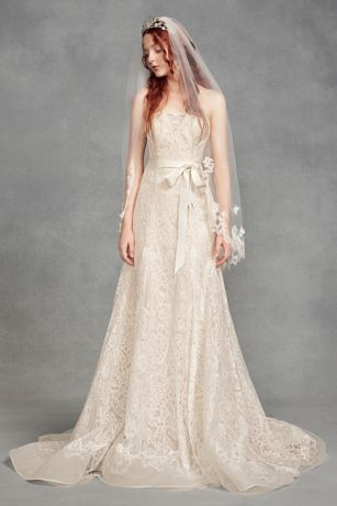 Floral Lace Applique Fingertip Veil - White by Vera Wang's beautiful fingertip-length tulle veil