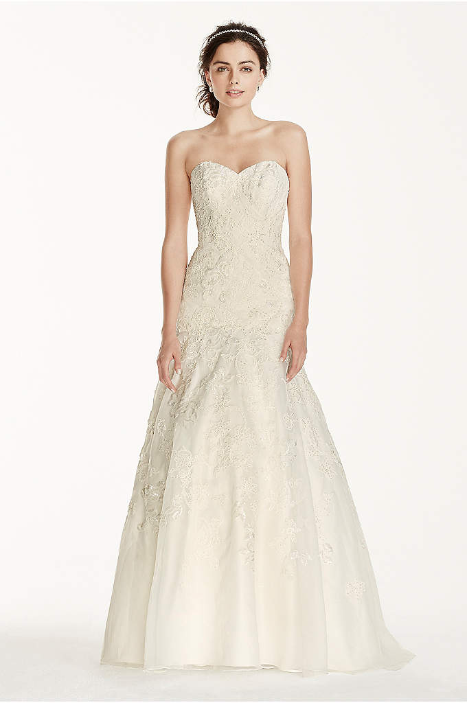 Jewel Organza Trumpet Wedding with Lace - This trumpet gown with intricate lace detail will
