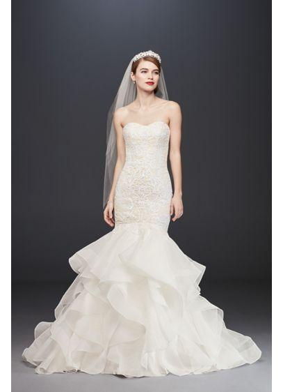 long mermaid trumpet romantic wedding dress oleg cassini