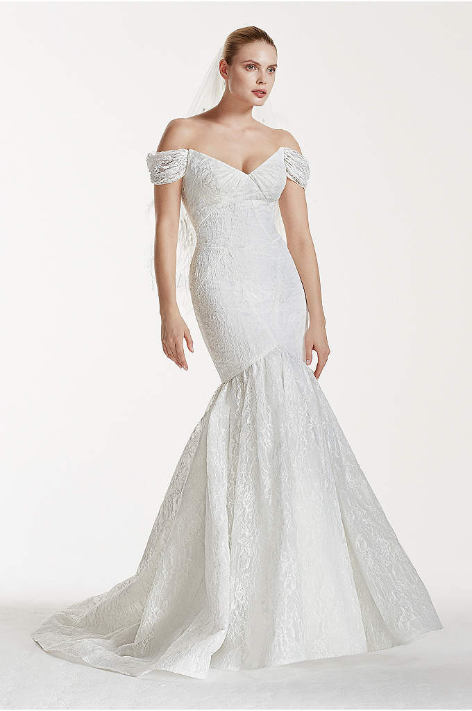 Truly Zac Posen Lace V-Back Wedding Dress - You'll be an unforgettably chic bride as you
