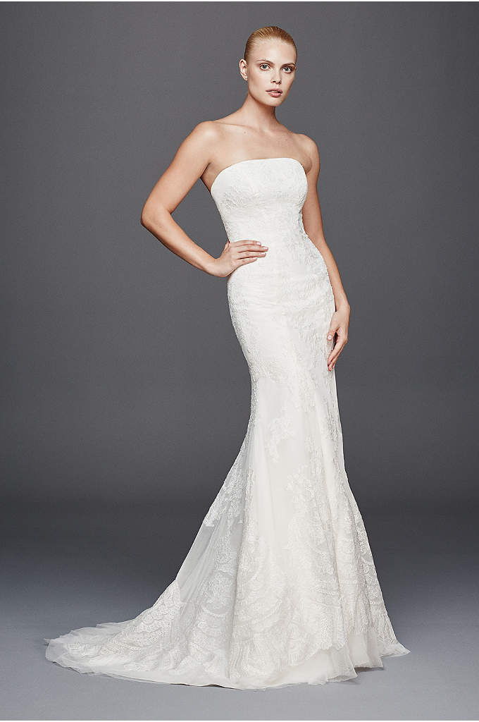 Truly Zac Posen Strapless Lace Wedding Dress - This strapless mermaid wedding dress has an amplified
