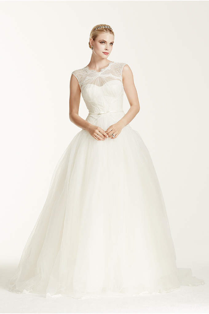 Truly Zac Posen Lace and Tulle Wedding Dress - Delicately designed to create an enchanting and romantic