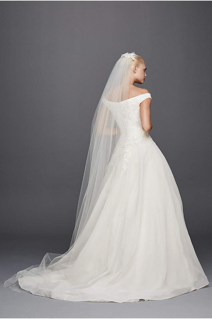 Truly Zac Posen Cathedral Floral Veil with Comb - Who wouldn't want this regal veil trailing behind