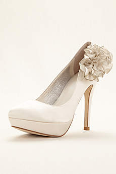 Menbur Ivory Pumps (Bridal Pump With Lateral Ornament)