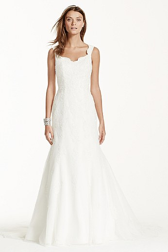 Tank Tulle Trumpet Gown with Lace Detail V3643