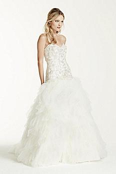 Strapless Tulle Wedding Dress with Ruffled Skirt V3665