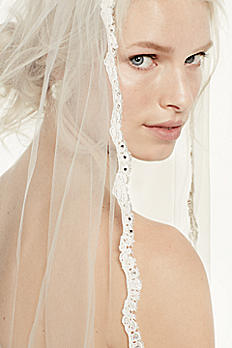 Single Tier Cathedral Veil with Lace Edging V514