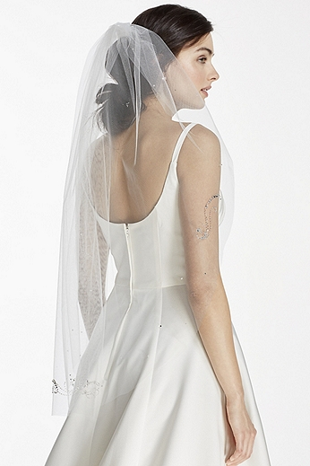 Mid Veil with Beaded Scroll Pattern V652