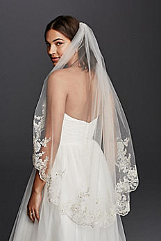 Mid Veil with Scalloped Edges and Lace V682