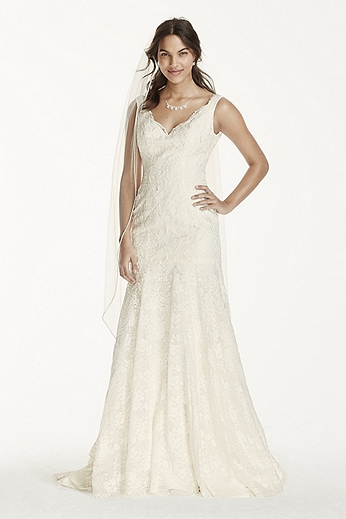 Petite Lace Mermaid Gown with Scalloped Neckline 7WG3757