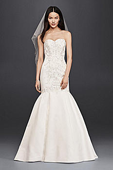 Trumpet Wedding Dress with Fitted Lace Bodice 7WG3810