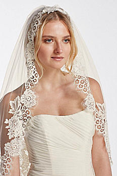 One Tier Mid Veil with Trailing Lace WPD16266M