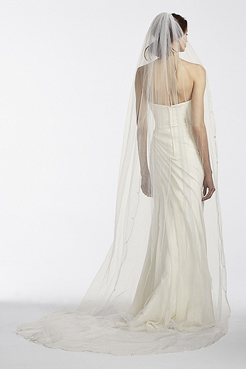 One tier Cathedral Veil with Simple Scroll Edge WPD17942