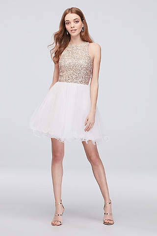 Short Prom Dresses & Gowns for 2018 Prom | David\'s Bridal