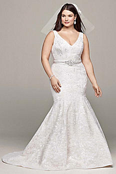 As-Is Lace and Deep V Neckline Wedding Dress AI14330019