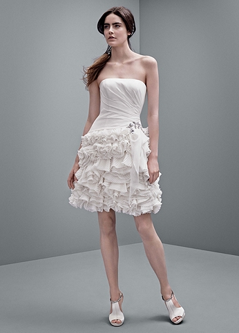 Crinkle Chiffon Short Gown with Pleated Skirt VW351216