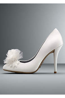 White by Vera Wang Ivory Closed Toe Shoes (Sequin Embellished Closed Toe Pump)