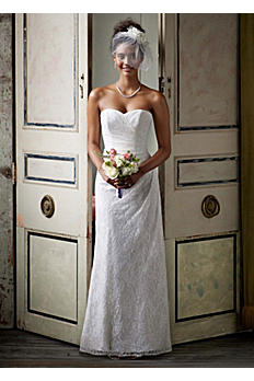 Sweetheart Strapless Lace Gown AI10020458
