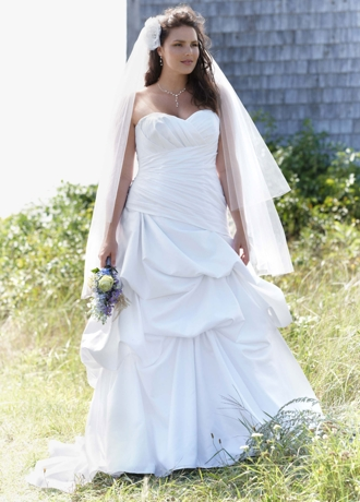 Dropped Waist Strapless Sweetheart Wedding Gown 9WG3444