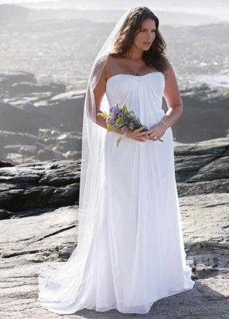 Sheath Gown with Beaded Sweetheart Neckline 9WG3481
