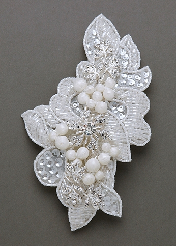 Sequin Beaded Comb with Pearls C9049