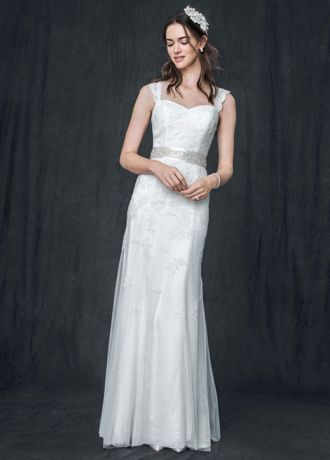 Cap-Sleeve Slim Gown with Keyhole Back AI10030236