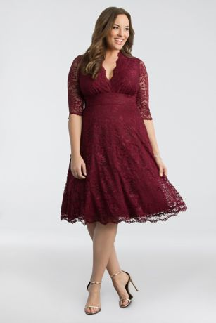 3/4 Sleeved Soft A-Line Lace Plus Size Dress | David\'s Bridal