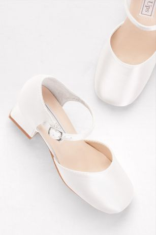 5d9b8304595 Clarissa Classic Dyeable Flower Girl Shoes