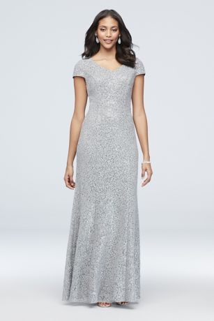 Appliqued Lace Short-Sleeve Long Mermaid Gown