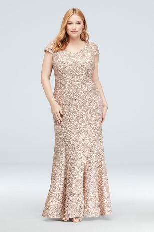 Appliqued Lace Short-Sleeve Plus Size Mermaid Gown