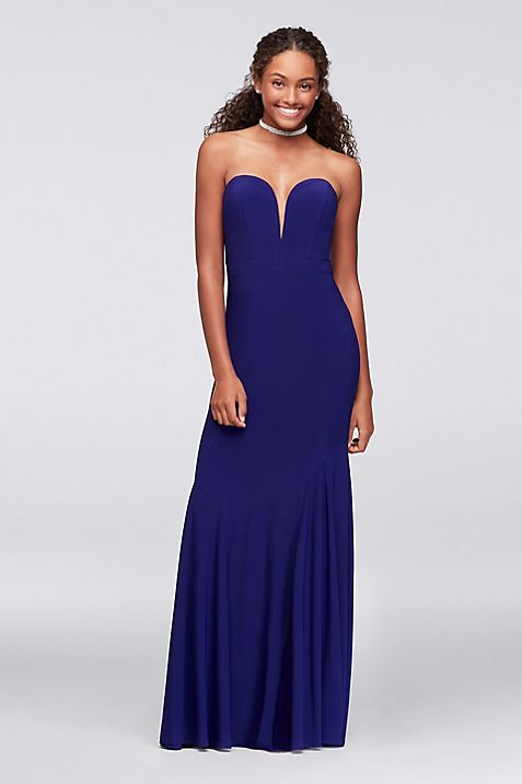 Strapless Sweetheart Plunge Jersey Mermaid Gown | David\'s Bridal