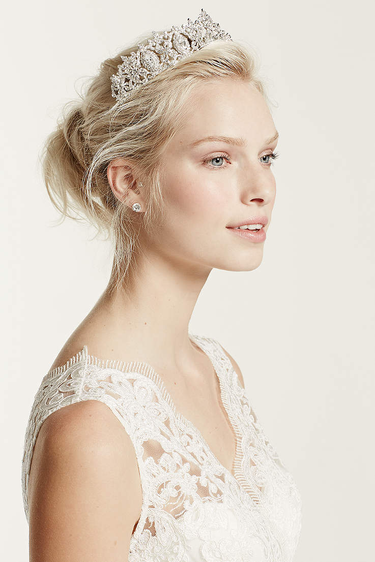 b80540dc3 Hair Accessories and Headpieces for Weddings and All Occasions ...